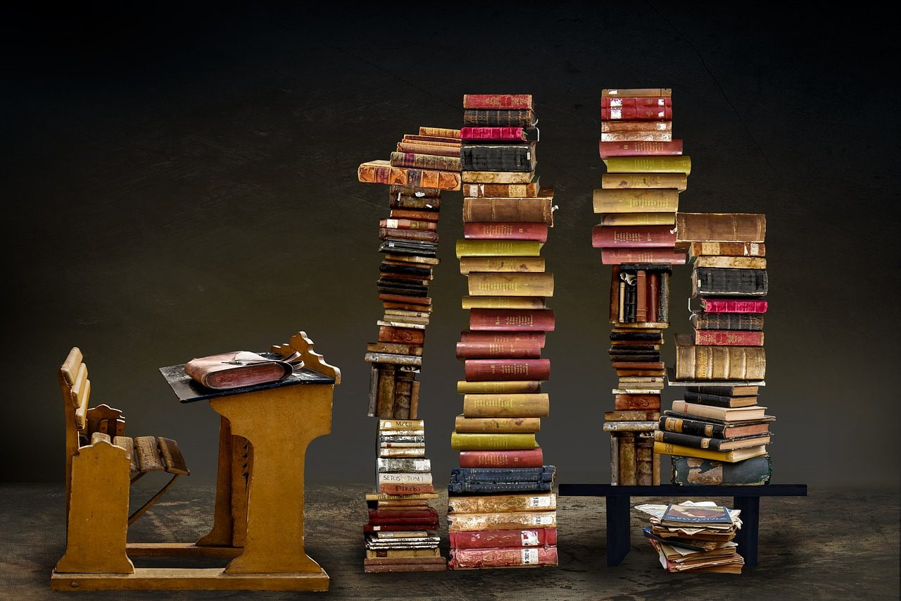 books-3322275_1280.jpg