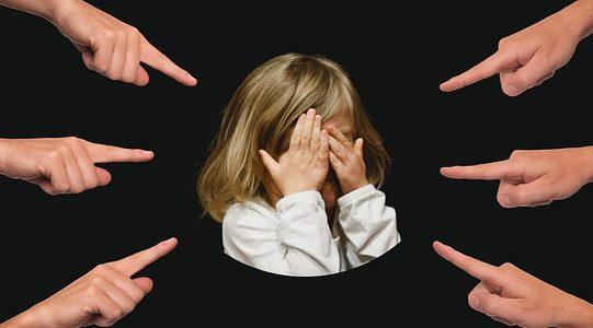 bullying-3089938_640.jpg